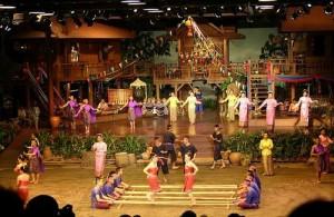 Het bijwonen van een culturele voorstelling in Bangkok is een leuke ervaring.