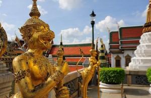 Het Thaise koningshuis is vermengd met het Boeddhisme.