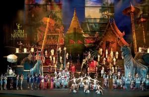 In het Siam Niramit Theater worden schitterende shows opgevoerd.