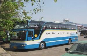 Het vervoer per bus naar Chiang Mai is goed geregeld.