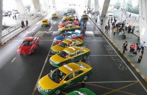 Bangkok – Pattaya gaat het snelst per taxi.