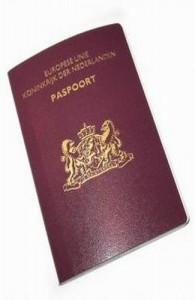 Een paspoort moet bij aankomst in Thailand nog tenminste 6 maanden geldig zijn.
