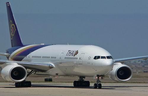 Per Vliegtuig Reizen Door Thailand Thailand Totaal