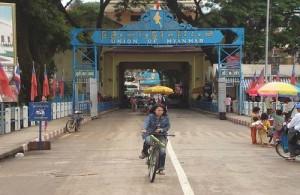 In Noord Thailand kun je een visa run maken door de grens met Myanmar (Birma) over te gaan.