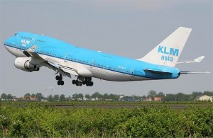 KLM vliegt dagelijks van Amsterdam naar Bangkok.