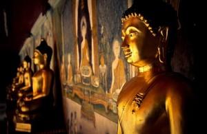 De Doi Suthep tempel is een van de meest bekende tempels van Thailand.