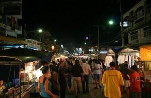De Hua Hin Nightmarket ligt in het centrum van de stad.
