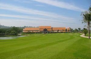 De groene fairways maken van Mission Hills Golf Resort een prentbriefkaart.