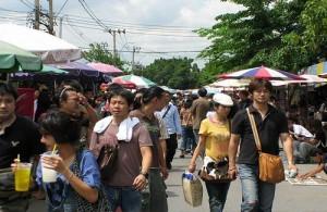 Op de Chatuchak markt wordt bijna letterlijk alles te koop aangeboden.