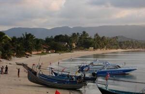 Big Buddha (Bang Rak) staat bekend om zijn rustige zee en mooie zandstrand.