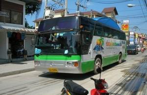 Bussen naar Koh Samui vertrekken in Bangkok vanaf de Southern Bus Terminal.