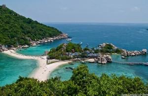 Koh Nang Yuan bestaat uit 3 eilandjes die met elkaar verbonden zijn.