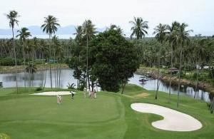 Santiburi Samui Country Club is een prachtige tropische 18 holes golfbaan.