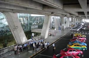 De snelste en makkelijkste manier voor het maken van een transfer is per taxi.