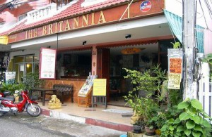 The Brittania Guesthouse ligt in de oude stad van Chiang Mai