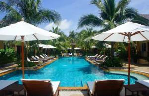 Lekker ontspannen aan het zwembad van Le Piman Resort.
