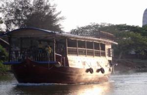 Je kunt Ayutthaya ook per boot bezoeken.