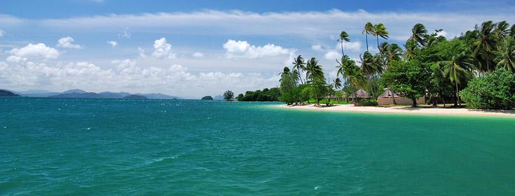 Het paradijselijke eiland Koh Naka ligt even buiten de noordoostelijke kust van Phuket.