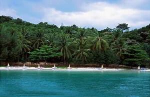 Koh Naka Yai is de plek om te ontspannen van alle dagelijkse drukte.