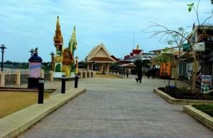 Het charmante stadje Nong Khan ligt aan de oever van de machtige Mekong rivier.