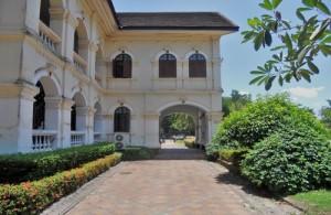 Het Muang Udon Thani Museum laat o.a. plaatselijke archeologische opgravingen zien.