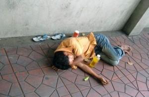Net als vrijwel elke wereldstad heeft ook Bangkok te maken met zwervers en daklozen.