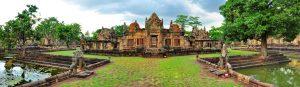 De 1000 jaar oude Khmer tempel Wat Prasat Muang Tam te Buri Ram.